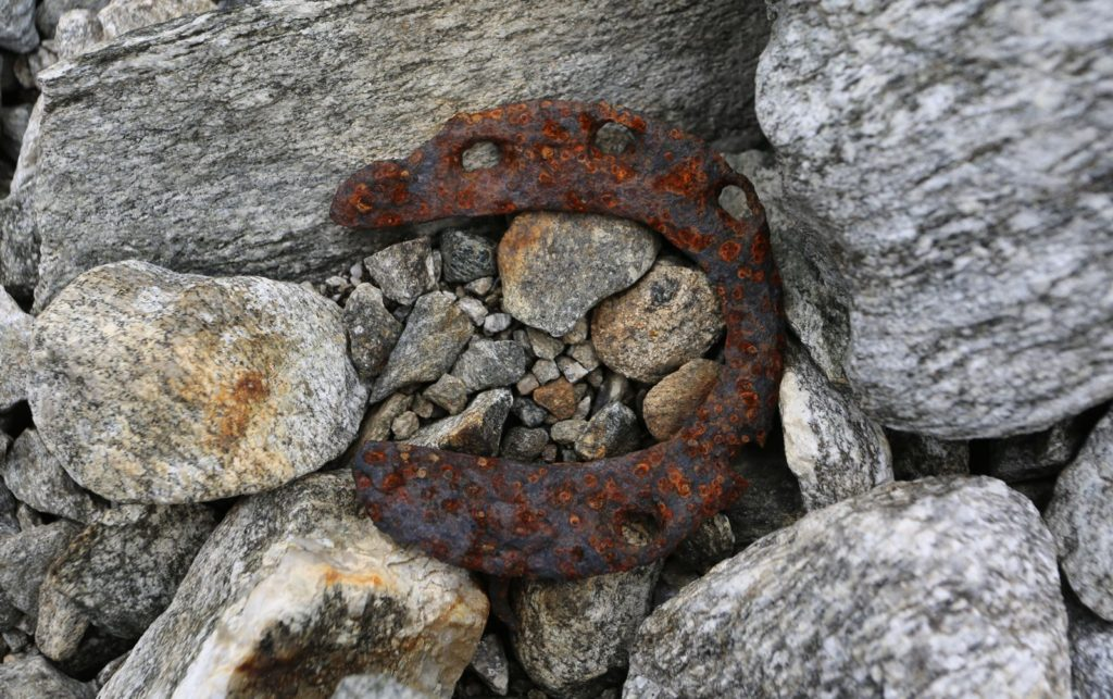 Ferdsel - hestesko av jern fra middelalderen