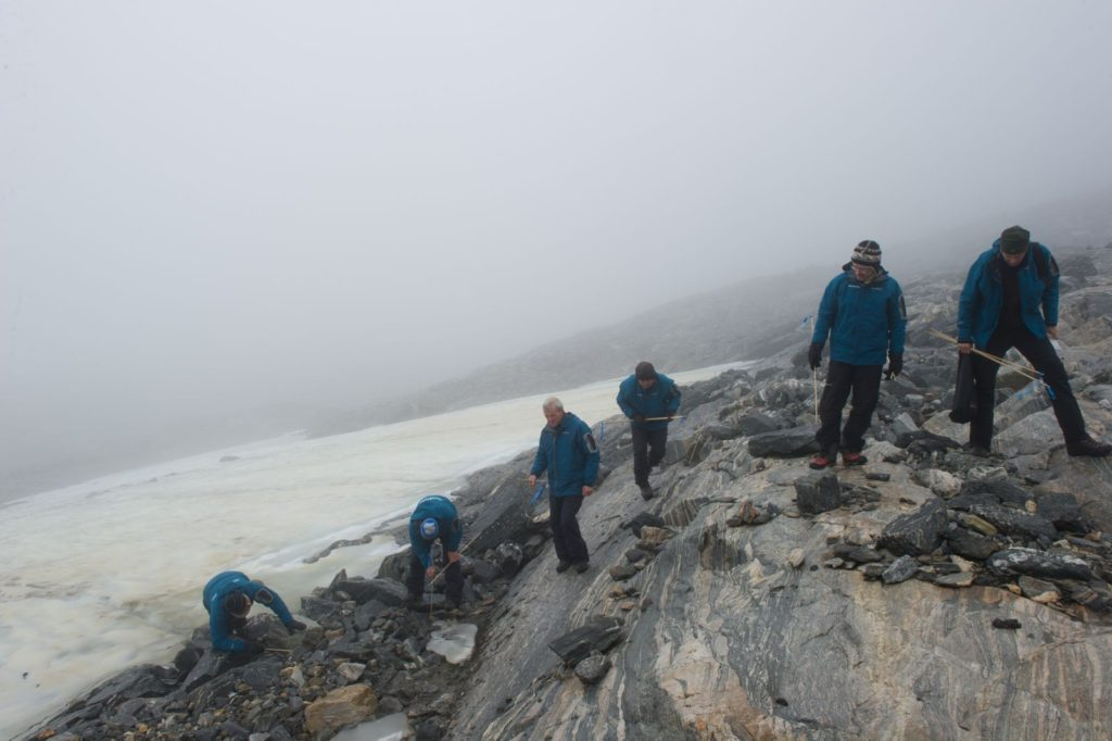 Fieldwork at Lendbreen 2011.