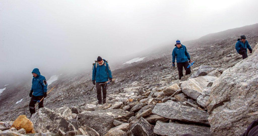 Survey at near the glaciated mountain pass at Lendbreen