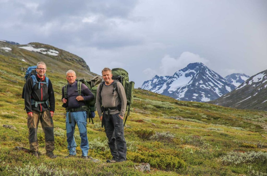 Espen Finstad (right), Reidar Marstein and Lars Pilø at the start of the survey of the northern part of the glacier trail thorugh the heart of the Joutnheimen Mountains.